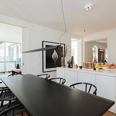 Offene Küche - Modern. Stylisch. Designer. Innenstadt.