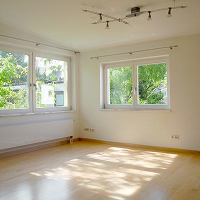 Schlafzimmer mit Blick ins Grüne - Englischer Garten. Villa. Schwabing Bach.